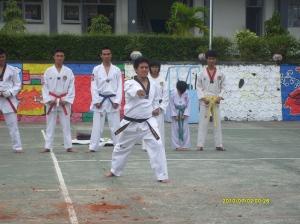 Demo Taekwondo di SMANTIKA