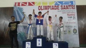 Medali Perak Dewangga Rizqy Pambudi kategori pracadet kelas U-25 kg Putera